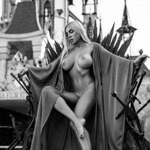 Acrylglas 3mm starke   Künstlerische exklusiv schwarz-weiß Aktfoto Poster nude Acrylglasbild A108 Künstler: Aleksandr Lishchinsk