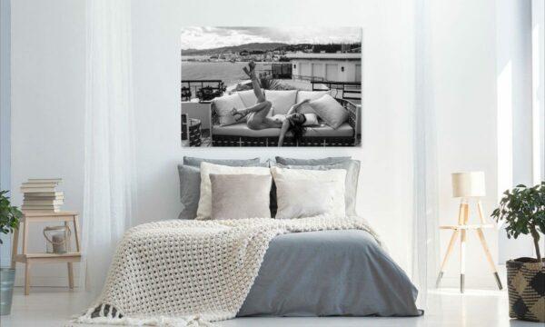 Künstlerische exklusiv schwarz-weiß Aktfoto Foto urban nude Acrylglasbild A121, Wandbild PlumaArt