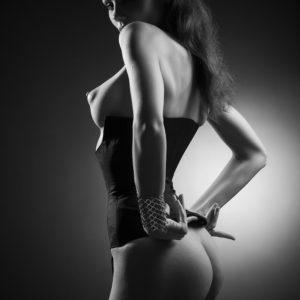 Acrylglas 3mm starke   Künstlerische exklusiv schwarz-weiß Aktfoto Poster nude Acrylglasbild A139 Künstler: Aleksandr Lishchinsk