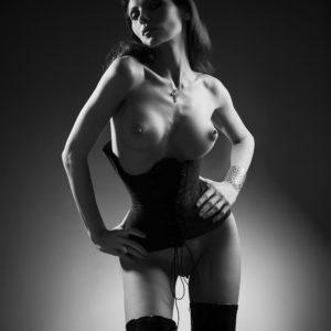Acrylglas 3mm starke   Künstlerische exklusiv schwarz-weiß Aktfoto Poster nude Acrylglasbild A115 Künstler: Aleksandr Lishchinsk