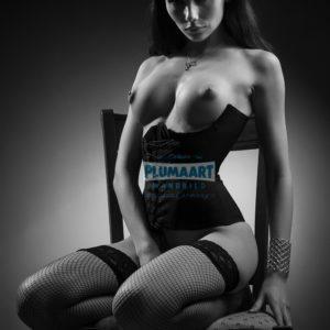 Acrylglas 3mm starke   Künstlerische exklusiv schwarz-weiß Aktfoto Poster nude Acrylglasbild A110 Künstler: Aleksandr Lishchinsk