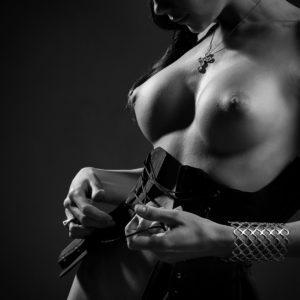 Acrylglas 3mm starke   Künstlerische exklusiv schwarz-weiß Aktfoto Poster nude Acrylglasbild A106 Künstler: Aleksandr Lishchinsk