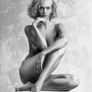 Acrylglas 3mm starke   Künstlerische Aktfoto L004 Premium Wandbild Poster Acryl PlumaArt nackte Frau Künstler: Aurimas Valeviciu
